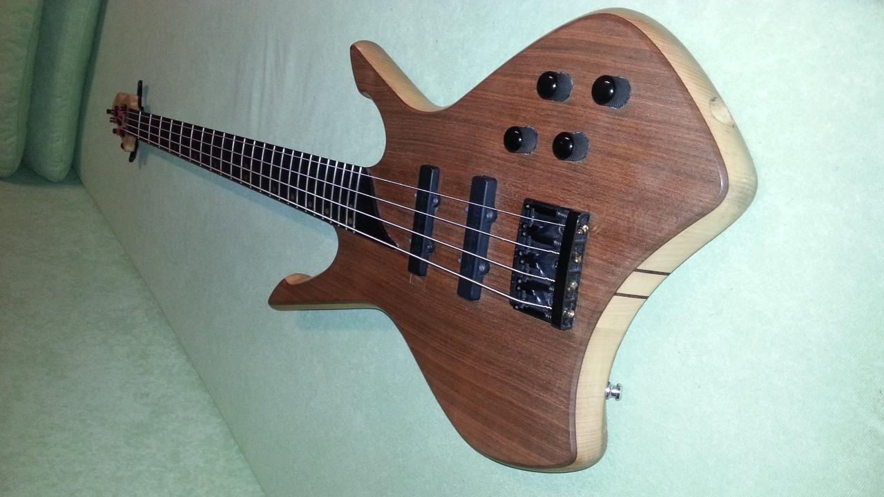 Fantastisch Aktive E Bass Schaltpläne Bilder - Elektrische ...