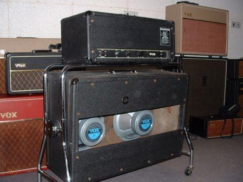 1967-vox-defiant-amplifier-2x12-cab_360_ff81245a68ee22b31d41ea0c4c000562.jpg