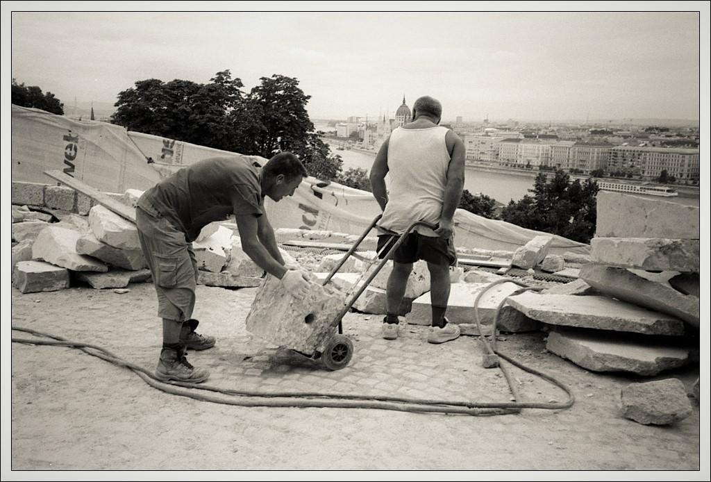 20130730 - Bauarbeiter in Budapest 02-1.jpg