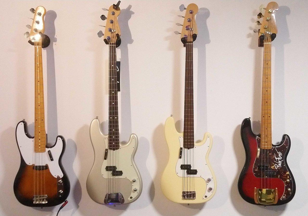 Bass 0121.jpg