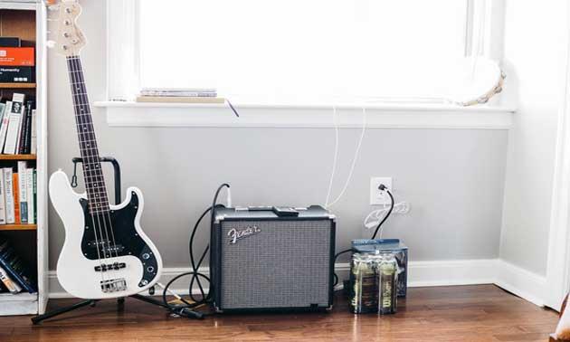 bass-equipment-neu.jpg