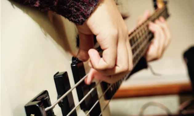 bass-technik-muted-finger