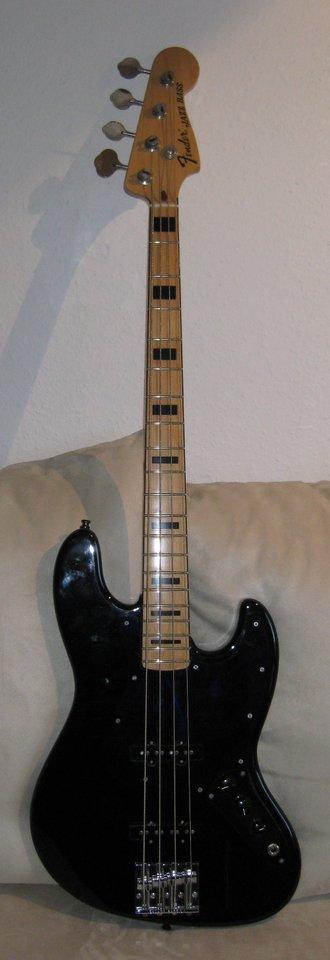 Fender Jazz-Bass.JPG