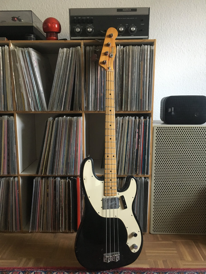 Fender_Tele_Bass_1974.JPEG