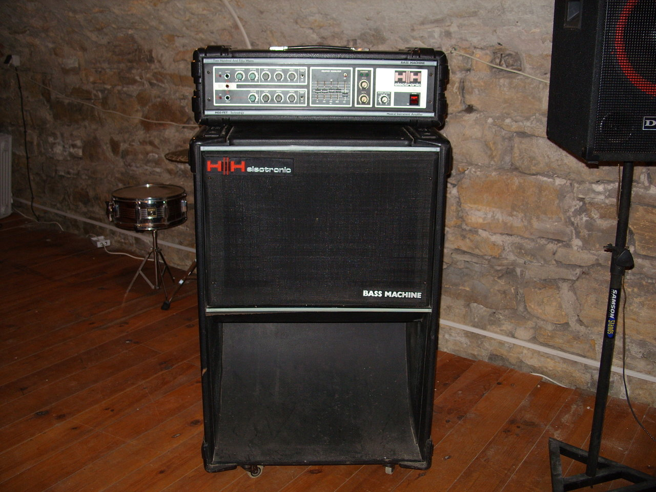 hh-bass-machine-839691.jpg