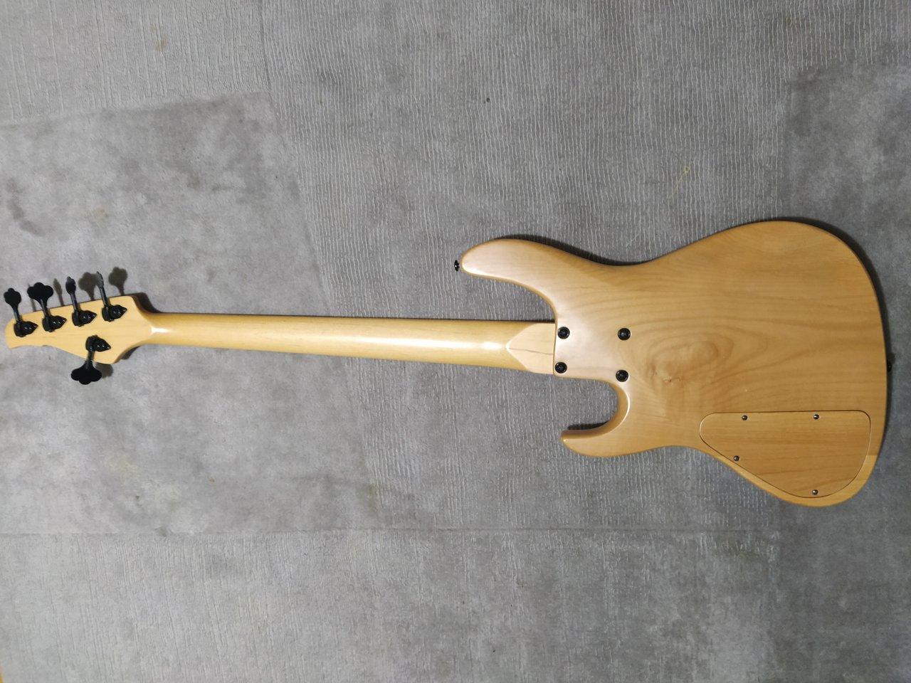 JCR jazzbass 5-24 (13).jpg