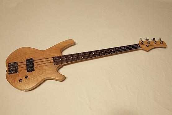 Jörg Schlosser Bass.jpg