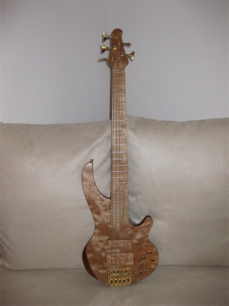 klein_kaiser Jost Bass 5.JPG