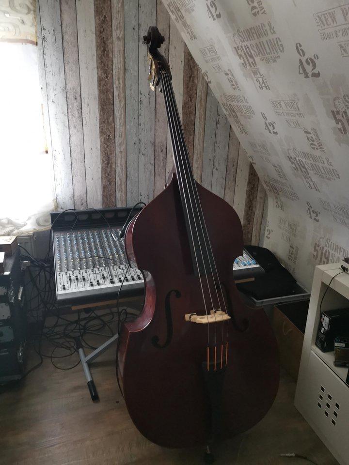 kontrabass.jpg