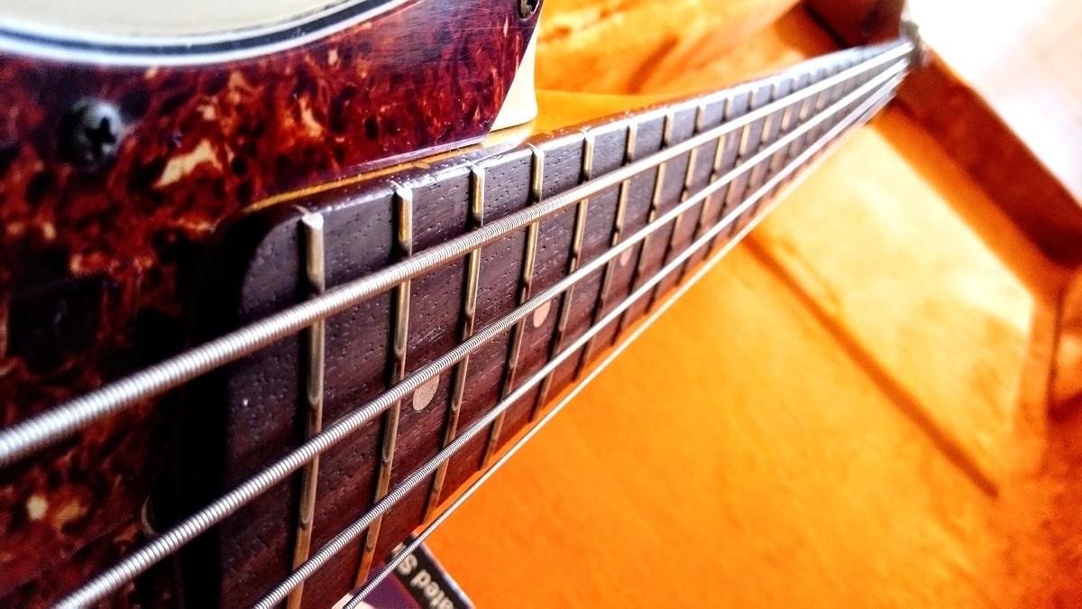 limelight_bass_06-jpg.337524