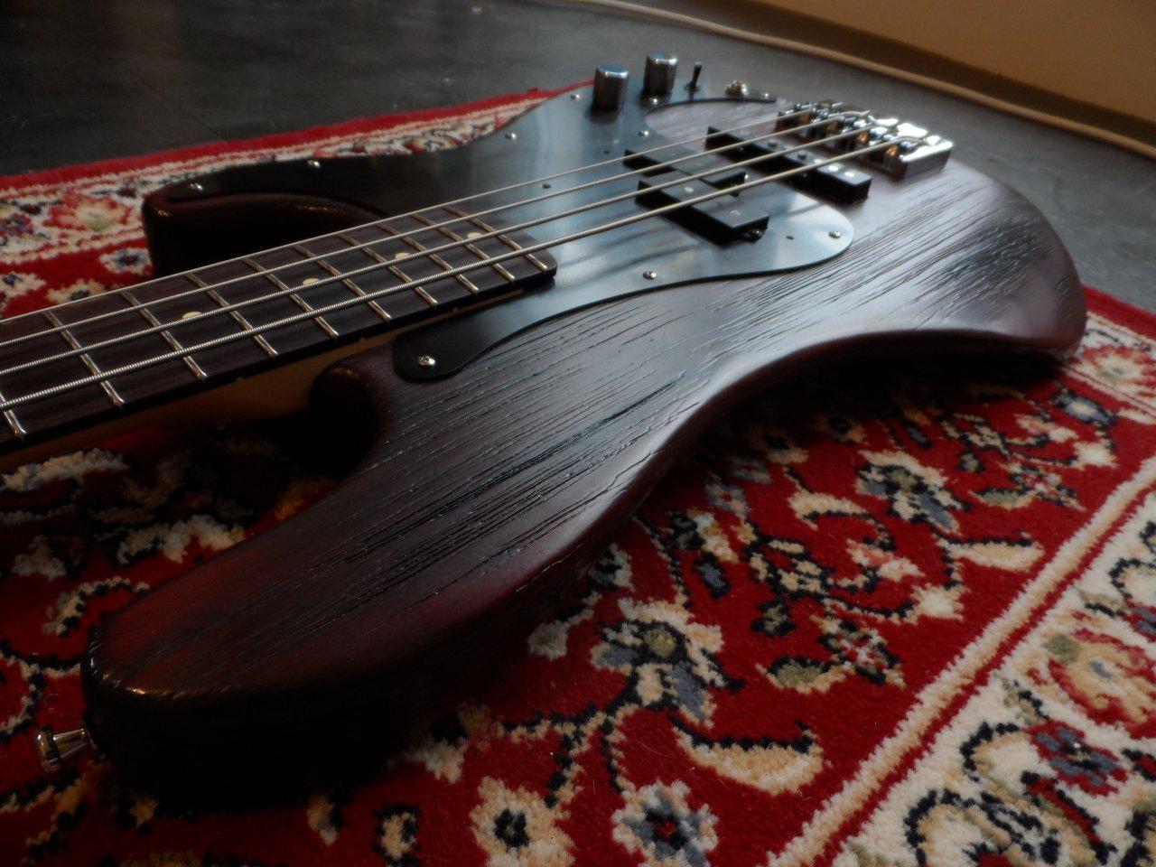 B&L custom guitars - PJ Bass | Bassic.de