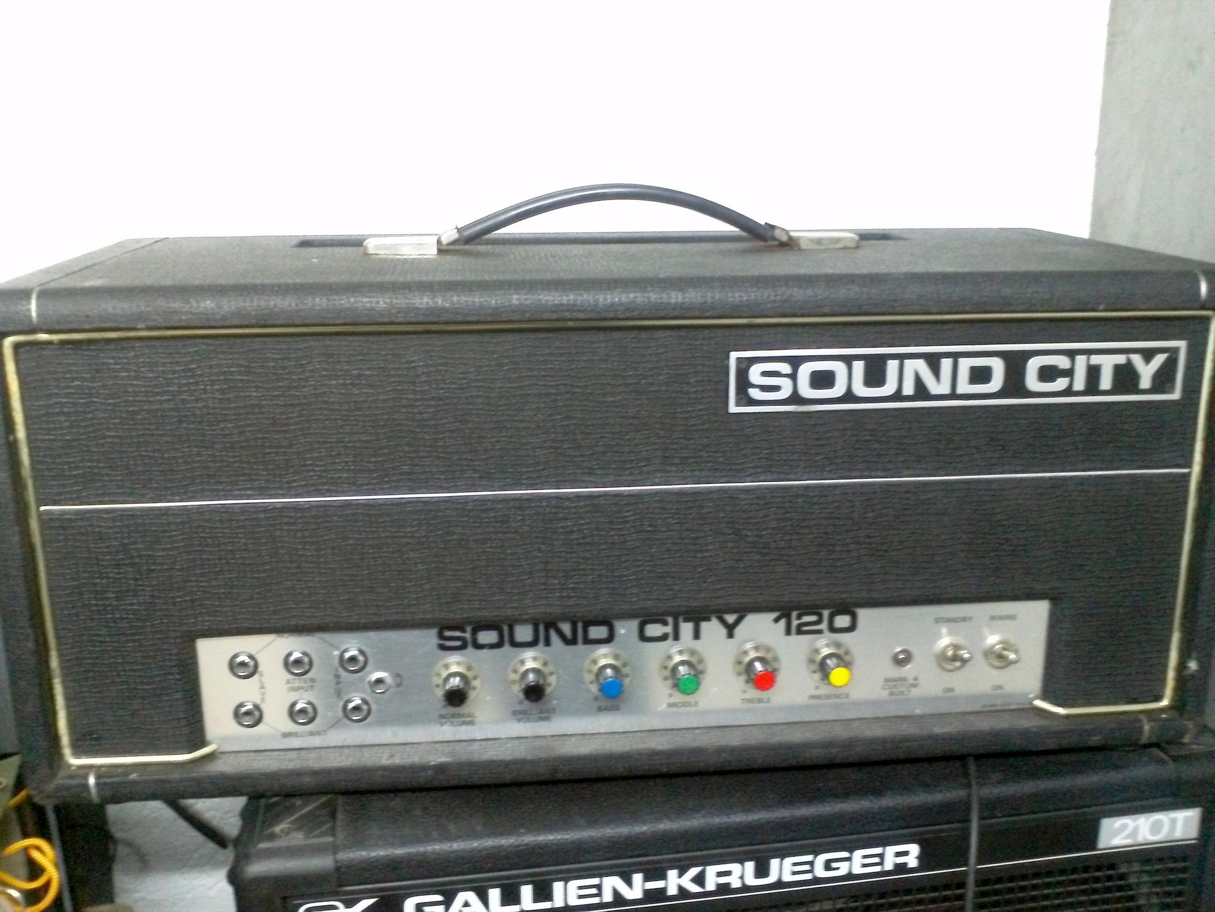 Sound city 120b.jpg