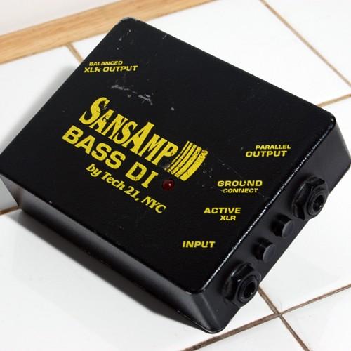 tech-21-sansamp-bass-driver-di-378430.jpg