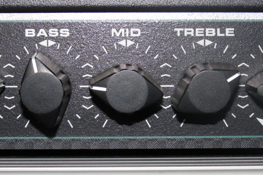 Tech21-VT-Bass-RM-Klangregelung.jpg