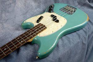 Fender_Mustang_JMJ_Korpus_oben.jpg
