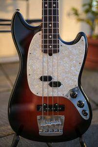 Fender Mustang Bass-2.jpg