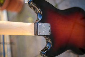 Fender Mustang Bass-8.jpg