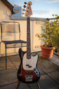 Fender Mustang Bass.jpg