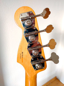 headstock_back.jpg