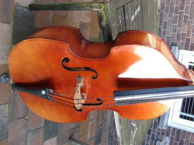 TAUSCHE: Czech Upright 3/4 Bass (Plywood)
