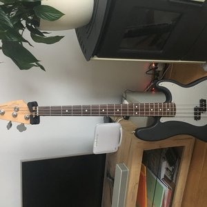 Fender special p bass deluxe series